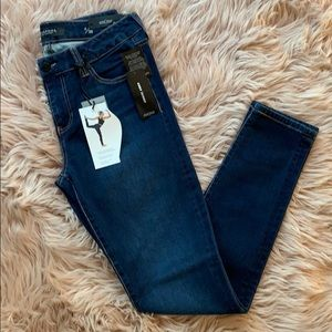 Liverpool Abby Skinny Jeans in Cleveland Dark 6/28